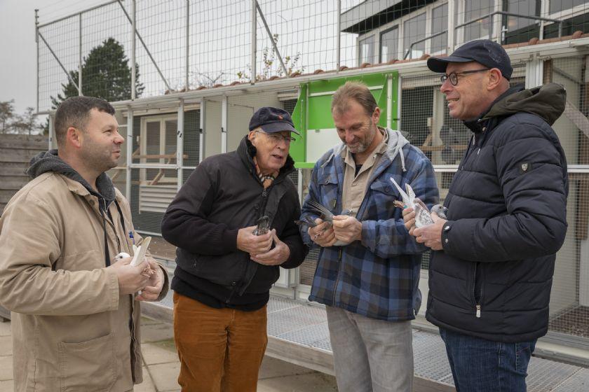 Lotte Eijerkamp, Brummen - 1e Cat. 3 Eendaagse Fondspiegel Jong & 1e, 2e en 6e Asduif Jong 2018